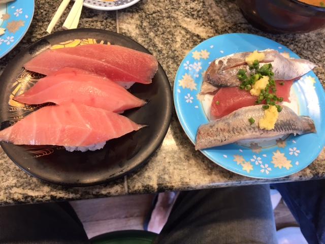 日本で寿司を喰らう